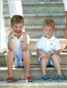Young Prince William and Prince Harry