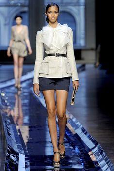 Jason Wu Spring 2011 Ready-to-Wear Fashion Show - Lais Ribeiro
