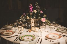 Heirloom and Lace Wedding http://ruffledblog.com/galleries/heirloom-and-lace-wedding/?pid=78813#