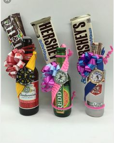 Cute Birthday Gift, Birthday Gifts For Boyfriend, Diy Birthday, Boyfriend Gifts, Candy Bouquet Diy, Diy Bouquet, Corporate Gift Baskets, Corporate Gifts, Homemade Gifts