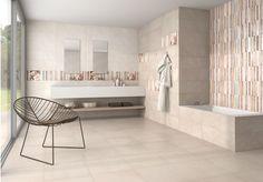 Šedá koupelna ze série Maison doplněná o geometricky-romantické dekory, které lze použít jednotlivě i v ploše. Formát 25×75 cm. www.mbkeramika.cz