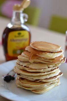 .... připravím k snídani skvělé americké lívance Sweet Recipes, Pancakes, Good Food, Snacks, Cooking, Breakfast, Green Gables, Recipes, Kitchen
