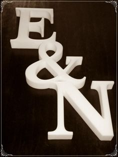 Letras corporeas en polyfan, 20 mm de espesor, en crudo sin pintar
