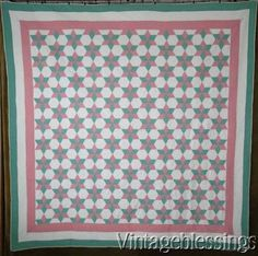 Gorgeous-Vintage-30s-Green-amp-Pink-Touching-Stars-QUILT-79-034-x-79-034
