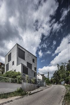 Gallery of Family house Dlhé Diely I / Plusminusarchitects - 1