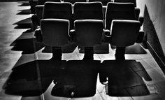 Un cine cerrado y abandonado. Un cementerio de sueños, emociones, sentimientos...