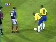 Roberto Carlos Best Goal - Free Kick Goal vs France (Tournoi de France 1997) - YouTube