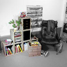 """Stapelkiste """"Werkbox"""" Werkhaus wird massiv! Mobil, stabil, modular, flexibel – und mit Stil! Unsere neuen Stapelkisten aus Naturholz können all das! Sie bestehen aus Dreischicht-Fichte (Holzstärke: 15 mm) mit einer intensiven, warm-grauen Maserung, die wir durch Zugabe von echtem Kaffee bei der Färbung erzielen.  http://www.werkhaus.de/shop/index.php?cat=c593_Stapelkiste---Dreischicht-Stapelkiste-Dreischicht-593.html"""