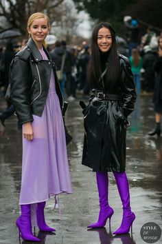 Paris Fashion Week Fall 2017 Street Style: Yoyo Cao - Outfit fashion inspiration in ultra violet
