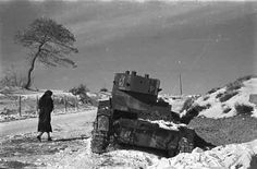 A woman walks past a Republican Model 1933 light tank knocked out during the Battle of Teruel during the Spanish Civil War - December 1937 [[MORE]] Another angle of the same vehicle Battle of. Most Famous Photographers, Great Photographers, Budapest, Photographs Of People, Vintage Photographs, War Photography, Street Photography, First Indochina War, Vietnam