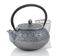 Sakura Cast Iron Teapot - You can make an amazing cuppa with one of these.