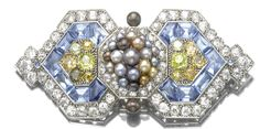 Art Deco Cartier brooch, 1926. Marie Poutine's Jewels & Royals