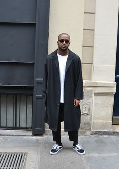 Mens street style. Cropped pants, Vans and coat.