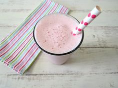 pretty in pink smoothie 105 cal Ice Milk, Vanilla Protein Powder, Banana Coconut, Cranberry Juice, Healthy Smoothies, Flat Belly, Vegan Gluten Free, Glass Of Milk, Pretty In Pink