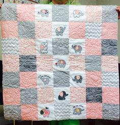 Customer Project By: Terri Dawes / Roly Poly Elephants Quilts Elephant Outline, Elephant Quilt, Elephant Applique, Cute Elephant, Embroidery Store, Machine Embroidery Designs, Easy Quilt Patterns, Easy Quilts, Quilting Designs