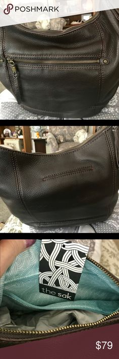 The Sak Dark Brown Leather Hobo NWT The Sak has such beautiful leather bags! If you like hobo style, you'll love this one. Nice and light on the shoulder, Zip opening. Outside zip pocket, inside wall zip and two open pockets, perfect! The Sak Bags Shoulder Bags