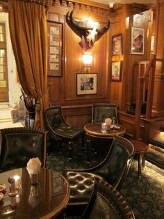 Hemingway Bar, in the Paris Ritz: the favorite  bar of American writer, Ernest Hemingway and now named after him.