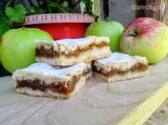 Tradičný hnetený jablčník (fotorecept) French Toast, Cooking Recipes, Apple, Baking, Fruit, Breakfast, Sweet, Basket, Apple Fruit