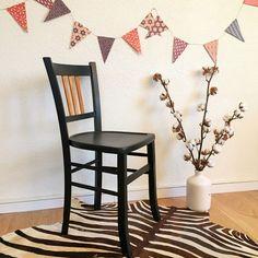 chaise-bistrot-vintage-baumann-noire-adele-1