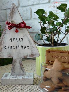 choinka hand made, dekoracja świąteczna, pracownia A.D.Home Merry Christmas Love, Christmas Ornaments, Ad Home, Holiday Decor, Home Decor, Decoration Home, Merry Little Christmas, Room Decor, Christmas Jewelry