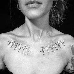 Fantastic tiny tattoos ideas are readily available on our internet site. Dot Tattoos, Music Tattoos, Flower Tattoos, Body Art Tattoos, Tribal Tattoos, Small Tattoos, Hand Tattoos, Berber Tattoo, Ethnic Tattoo