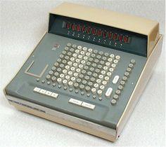 First all-electronic desktop calculator  Sumlock ANITA Mark VIII (Great Britain, 1961)