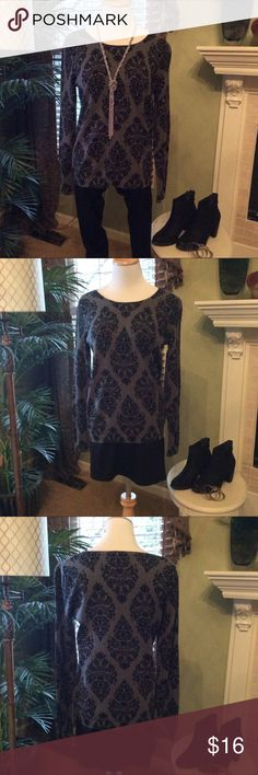 Grey and Black Damask Sweater Grey sweater with black Damask pattern. Sz. M 100% cotton EUC Old Navy Sweaters Crew & Scoop Necks