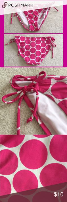 VS bikini bottoms - pink Adjustable ties at both hips. Moderate booty coverage. Pre-loved. Some snags/pilling on the booty. Price is firm unless bundled. Same style of bottoms also available in 3 other colors! NO TRADES! Victoria's Secret Swim Bikinis