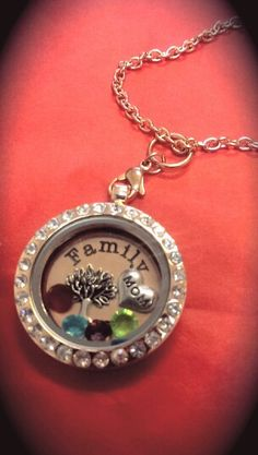 Mother's family tree locket...OHD  purchase this at www.ourheartsdesire.com/billiejoclaypool