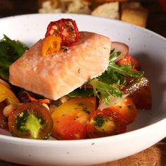 Salmon In Foil Recipes, Salmon Salad Recipes, Fish Recipes, Vegetable Recipes, Great Recipes, Shrimp Recipes, Authentic Mexican Recipes, Italian Recipes, Salmon Dishes