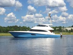 The Viking the largest in the Viking fleet, will premier at this years Fort Lauderdale International Boat Show October November Viking Yachts, Boat Hair, Skinny Water, Sport Fishing Boats, Offshore Boats, Float Your Boat, Yacht Interior, Boat Painting, Yacht Boat