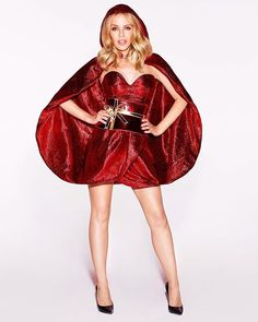 Ready for a total #KylieChristmas week?  Happy Monday Lovers!! ❤️ @kylieminogue  #kylie #kylieminogue #christmas #photography #photoshoot #woman #beauty #sexy #queen #diva #outfit #perfectbody #dress #legs #celebrity #fashion #style #singer #music #pop #popmusic #queenofpop #lovers #monday #picoftheday