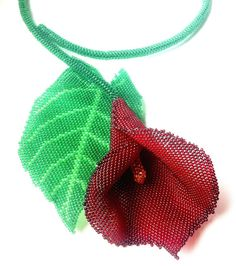 *P Pattern with photos for beaded calla lily by Gemsplusleather
