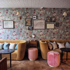 floral wallpaper and velvet furnishings at the hoxton hotel in paris. / sfgirlbybay