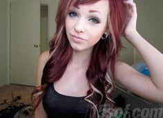 Red/burgundy/blonde hair