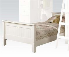 Willoughby White Wood Twin Bed
