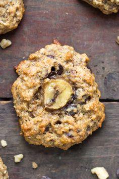 vegan chunky monkey QUINOA breakfast cookies -- because cookies for breakfast need to happen everyday! Best Quinoa Recipes, Healthy Banana Recipes, Healthy Snacks, Vegetarian Recipes, Cooking Recipes, Raw Recipes, Eating Healthy, Quinoa Breakfast, Healthy Recipes