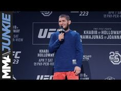 What do you think this UFC Khabib Nurmagomedov impromptu chat session with fans video? Be sure to share this UFC Khabib Nurmagomedov impromptu chat Ufc 2, Ufc News, Muslim Men, Mma, Eagle, Fans, Mixed Martial Arts