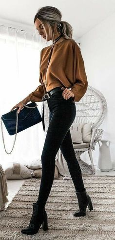 outfits with black jeans - outfits . outfits for school . outfits with leggings . outfits with air force ones . outfits with sweatpants . outfits with black jeans Look Fashion, Fashion Clothes, Trendy Fashion, Fashion Women, Fashion Outfits, Fashion Fashion, Fashion Ideas, Fashion Boots, Couture Outfits