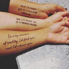 Irmãs compartilham um vínculo especial, então, nada melhor do que uma tatuagem para simbolizar esse amor.    A seguir, você confere uma seleção com algumas das tatuagens de irmãs mais fofas e belas que você já viu.