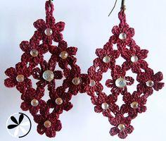 Red FLOWER chandelier COTTON CROCHET earrings by MHTheil on Etsy, €11.00