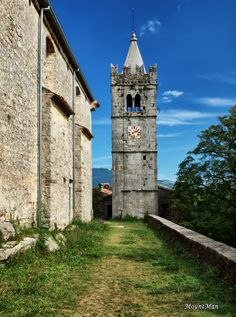 Hum, Istria - the smallest city in the world