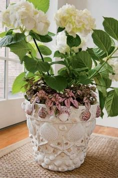 Craft Project: Seashell Planter-like it all white with the pink plant, add some flat back white pearls from amazon