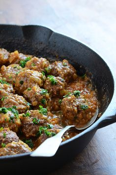 Lamb Meatballs in a Spicy Curry: OMG this recipe is so good...add cinnamon, cloves, garlic, and breadcrumbs to meat (Turkey), and add extra tomato and coconut cream to sauce