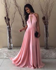 Vestido rosa para madrinha: opções de vestido de festa rosa claro para comprar ou alugar dentro das principais tendências 2018