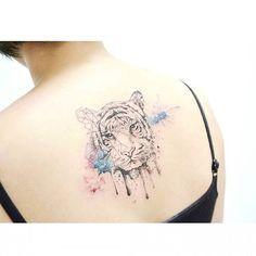 : tiger + geometric . . #tattooistbanul #tattoo #tigertattoo #gemetrictattoo #watercolortattoo #Watercolor #drawing #tattoodesign #tattoomagazine #tattoostagram #tattooart #inkstinctsubmission #tattooinkspiration #타투이스트바늘 #타투 #그림 #호랑이 #기하학