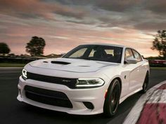 Dodge Charger Hellcat - 707 hp of pure heaven