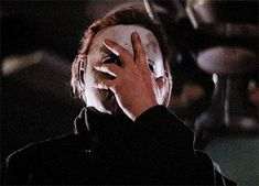 Movies and Chill Michael Myers Memes, Halloween 2 1981, Tough Woman, Anime Crying, Movie Gifs, Vintage Horror, Halloween Pictures, Photo Dump, Horror Movies