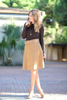 Shades Of Brown Fall Inspo Uk Fashion, High Fashion, Womens Fashion, Brown Leather Skirt, Winter Outfits, Winter Clothes, Miuccia Prada, Chambray, Denim Skirt