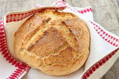 """""""A good old fashioned soda bread with just the basic ingredients. Buttermilk gives this crusty loaf a good flavor. The best Irish soda bread around! How To Make Bread, Easy Food To Make, Dutch Oven Breakfast, Irish Breakfast, Breakfast Ideas, Traditional Irish Soda Bread, Irish Soda Bread Recipe, Irish Bread, Italian Bread"""